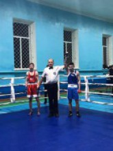 Перемога у турнірі з боксу